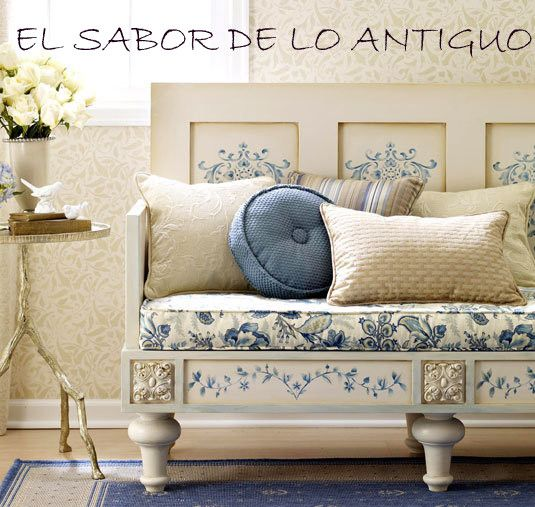 Love new treasures from old pieces....Lo Antiguos, Lounges Chairs, Wooden Benches, Decor Ideas, Painting Furniture, Flavor, Old Doors, Blue Prints, French Style
