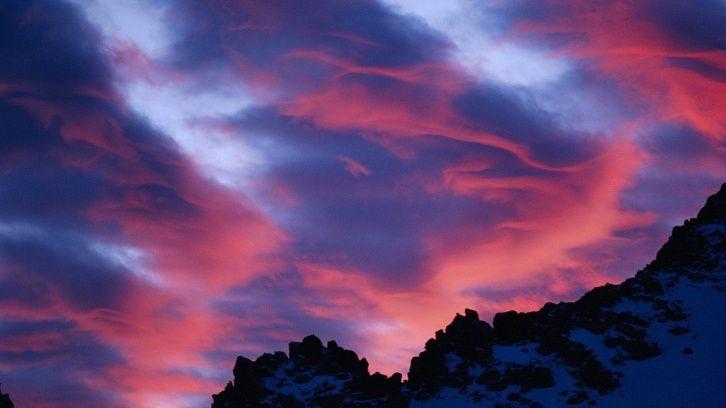 Linsenförmige Wolken wallpapers