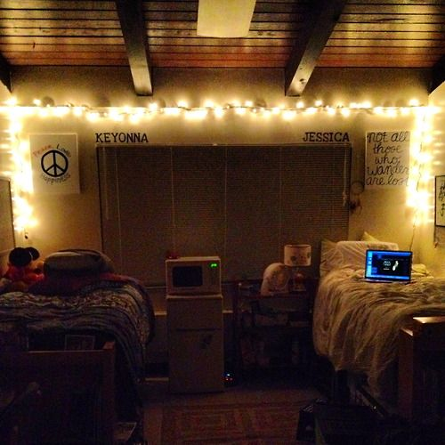 Awesome Set Up By Keyonna And Jessica At SCU! Love The Christmas Lights! Part 60