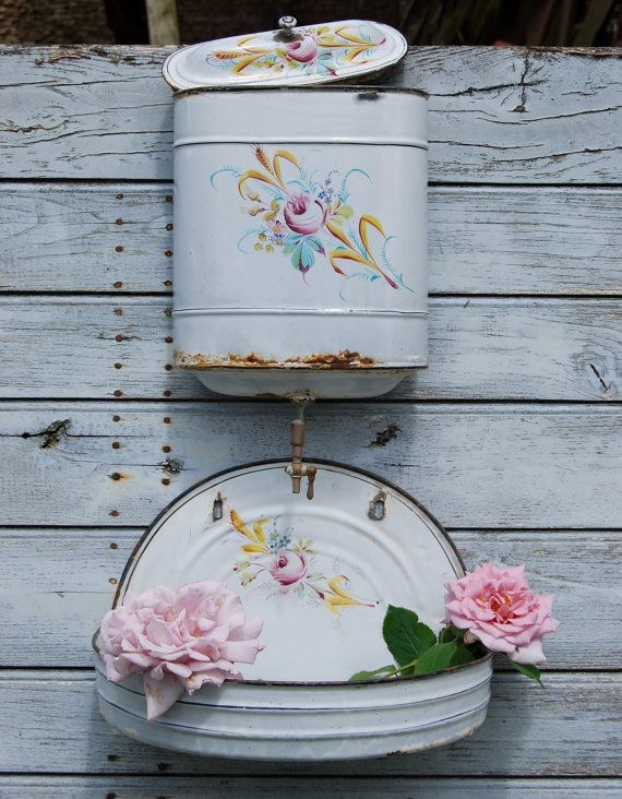 161 best images about lavabo wash set on pinterest wall for Lavabo shabby chic