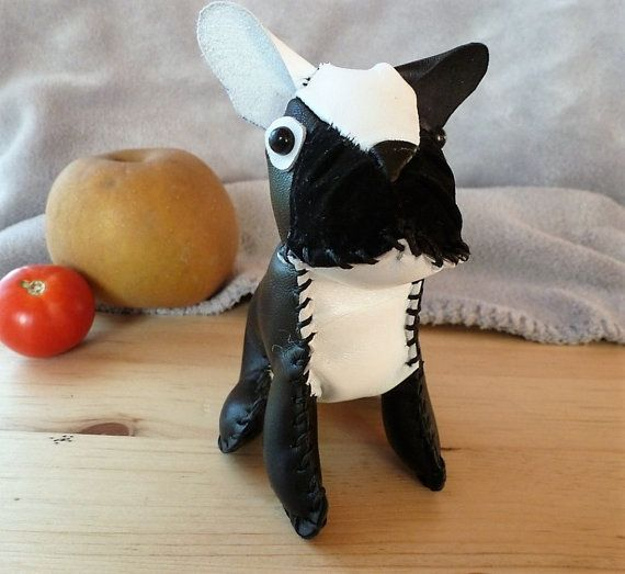 Mini bulldog francés cuero blanco&negro