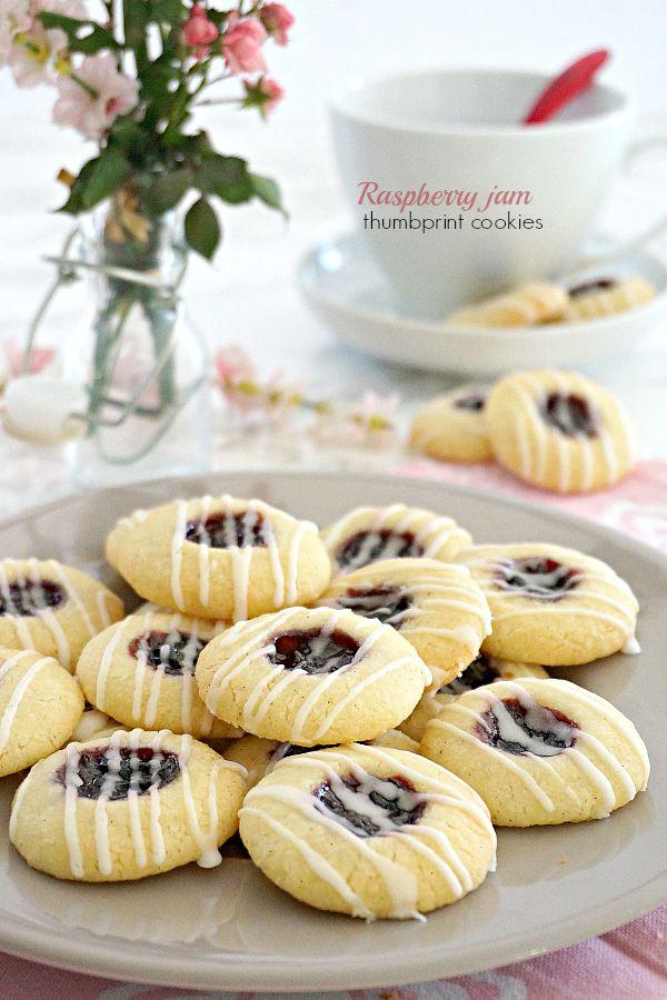 Raspberry jam thumbprint cookies | From Zonzolando.com
