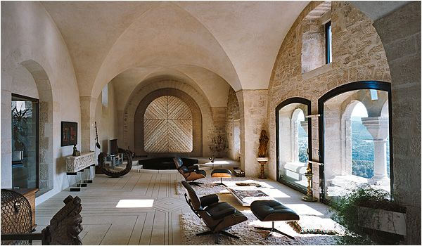 Château du Crestet - main salon 1
