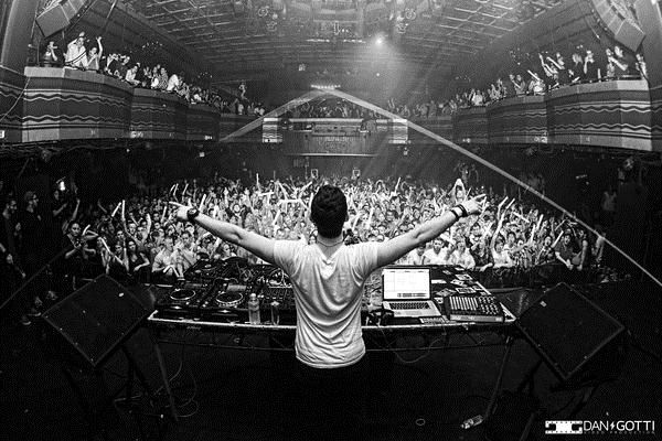 DJ 3LAU at The Fonda Theatre 12/14, donating proceeds to Pencils of Promise – end of 3LAU Your Mind 50 Date Tour