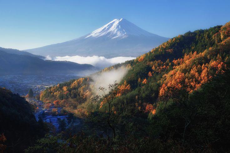 FUJIFILM X-E2 + FUJINON XF18-55mm/2.8-4   Mt.Fuji, Japan   https://www.facebook.com/FUJIFILMXseriesJapan   Photography by Hayato Ebihara   http://fujifilm-x.com/photographers/ja/hayato_ebihara/