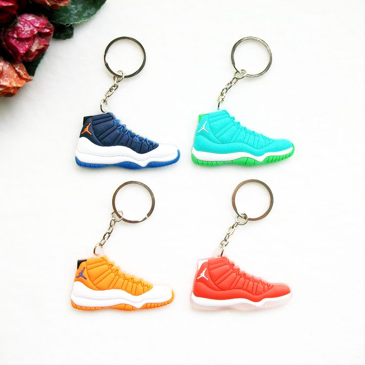 17 Color Mini Jordan 11 Key Chain For Men Woman Silicone Sneaker Keychain Key Ring Key Holder Gifts Key Chain