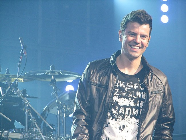 Jordan Knight - dear God in heaven those dimples... feeling faint just looking at this picture again! (another one I took at the PA show - June 15, 2011)