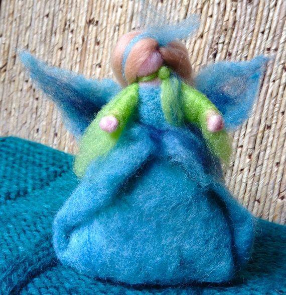 Principessa d'Acqua. Scultura morbida in lana di FatediLana