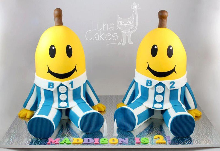 bananas in pajamas cake