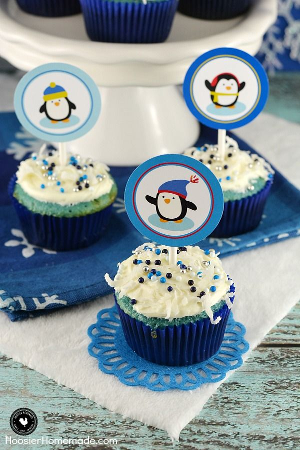 These FREE Printable Penguin Cupcake Toppers are the perfect way to brighten up your long, cold Winter! Add them to cupcakes for a special celebration, or use the printable for a treat bag and gift!