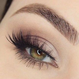 I'm so loving this soft sultry look #makeupideas #makeup #mua #lashes #lash #falsies