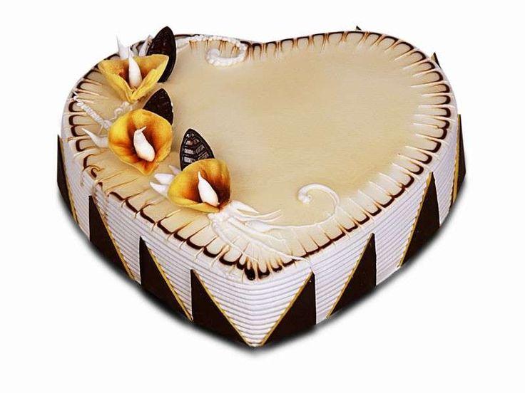 Torte nuziali a forma di cuore - Torta a cuore con disegni al ciocclato
