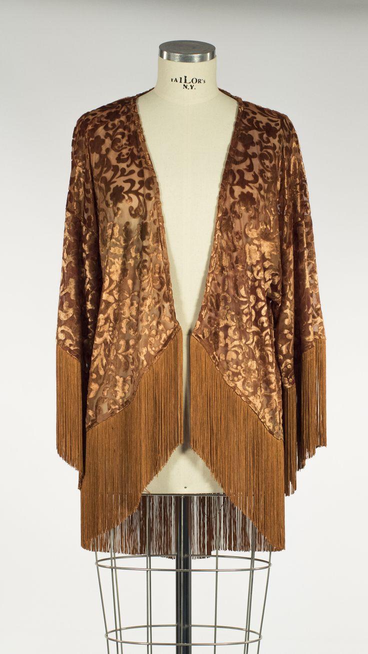 Modelo Saitama en terciopelo devoré color bronce