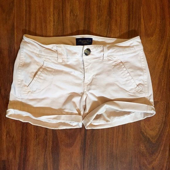 American Eagle Outfitter Shorts Like new! American Eagle Shorts, super soft, comfy material. Size 0. Light pale pink color. American Eagle Outfitters Shorts Jean Shorts