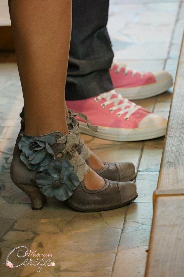 1000 id es sur le th me chaussures de mariage converse sur pinterest mandrins mariage photos. Black Bedroom Furniture Sets. Home Design Ideas