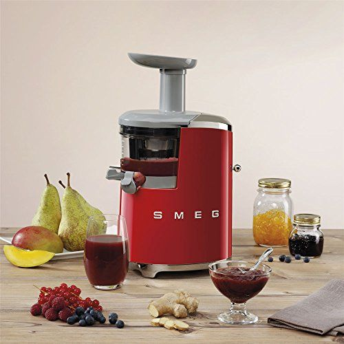 The Smeg Slow Juicer produces the highest-quality juice, flavorful and with the intense color of its ingredients, thanks to a fully cold juicing that doesn't use blades, but a slow and powerful rotation of a screw pump. The slow squeezing system preserves fruit and vegetables' organoleptic properties, since it does not destroy the active