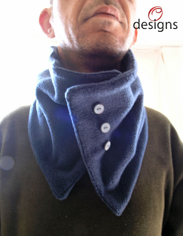 Handmade neck warmer made with fleece. For men.