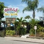 Grills Seafood Deck & Tiki Bar at Cape Canaveral Port, Delicious Grilled food