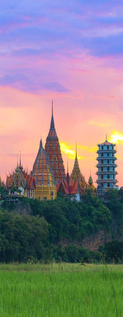 Wat Tham Sua, Thailand