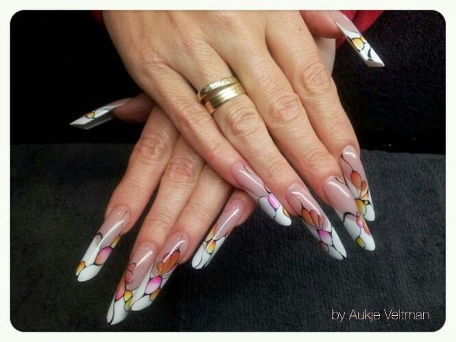 French nails with abstract design