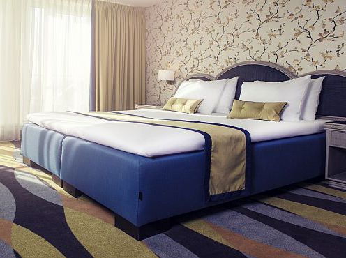 TopperBox hotelbed in new rooms @Carlton Oasis