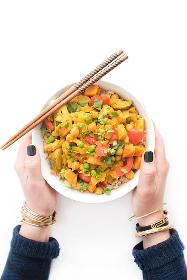 Satisfying and comforting Indian inspired vegetarian dish packed with protein and full of flavor thanks to warm spices.
