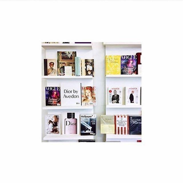 ! SHOP NOW !                             🎀 #magazine #fashionmagazine #design #slowlife #livethelittlethings #interior #interiordesign #photography #nomadlife #travel #fashion #campaign #journalism #mode #decoration #books #cover #fashiongirl #fashionpr #voguemagazine #minimalistic #minimalove #minimalism #minimalmood #fashiongram #theartofslowliving #designphotography #scandinavian #immobilien #tv_lifestyle…