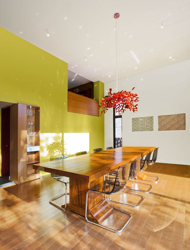 diningroom at Colour and Wood bring Outdoor Atmosphere Into Home