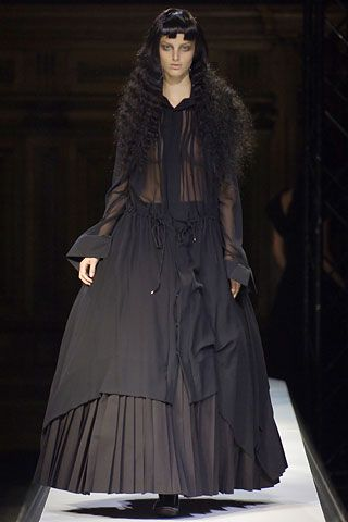 Yohji Yamamoto Spring 2007 Ready-to-Wear - Collection - Gallery - Style.com