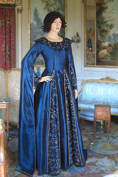 Long-Arm-Renaissance Dress No. 99 - 252.00USD - Medieval and Renaissance Clothing, Handmade by Your Dressmaker
