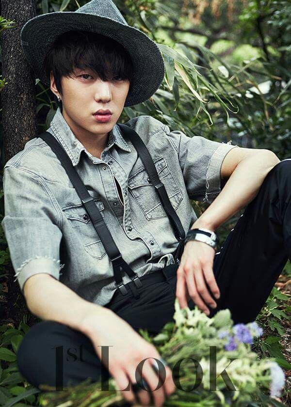 [DARA, KANG SEUNG YOON X 1stLook Magazine Photo Shoot - '우리 헤어졌어요 (WE BROKE UP)']