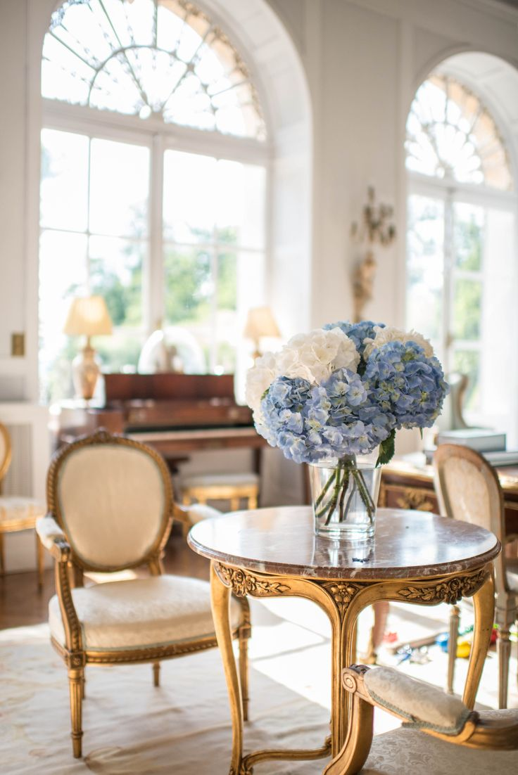 Simplicity in the form of Hydrangeas - Interior of Chateau La Durantie Louise Adby Photography