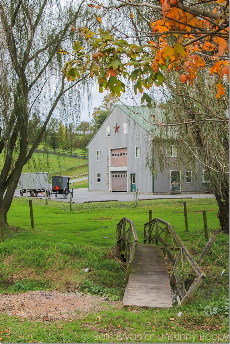 Travel tips for Intercourse, PA in the fall.  The best places to eat, see and stay in Amish Country.