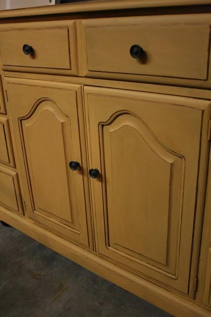 1000 images about annie sloan chalk paint on pinterest annie sloan paints furniture and emperor. Black Bedroom Furniture Sets. Home Design Ideas