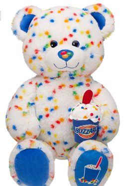 so cute!I wanted this bear when it came out but unfortuanaly i wasnt able to get it!