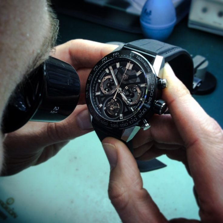 Here are some easy recommendations on how to clean your luxury watch.