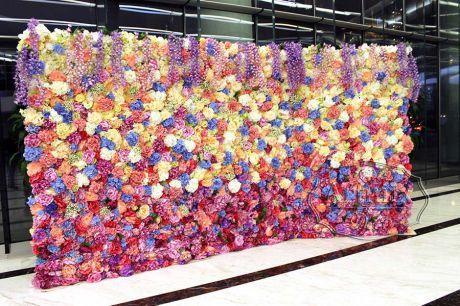 Фотозона - объемная цветочная декорация на свадьбе или любом другом празднике