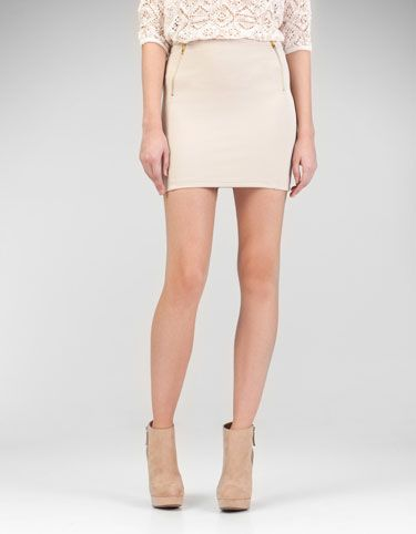 Tube skirt with zip detail