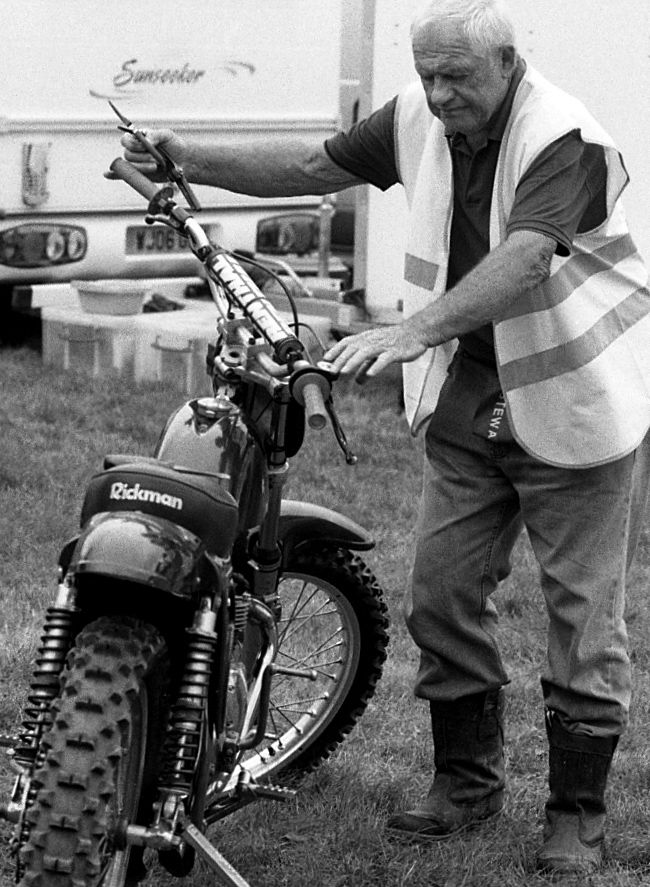 Kodak Tri-X, Nikon F6, Nikkor f/80-200 f/2.8, Black and White Photography, Classic Motor X. Mortimer MCC.
