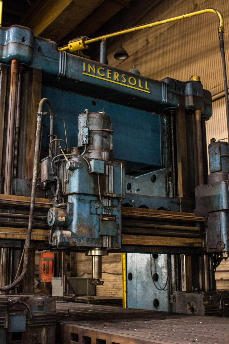 """thewelovemachinesposts: """"Ingersoll. A mill in an old warehouse in Pittsburgh. Source: http://imgur.com/ZKv516W """""""
