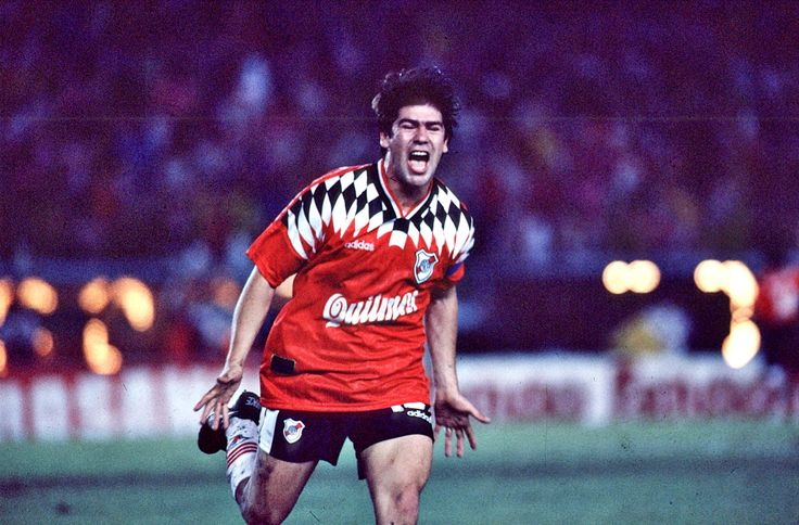 FÚTBOL. 1996. Marcelo Salas, goleador chileno de #River.