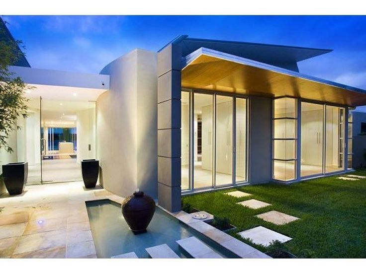 Stylish and modern, this property encapsulates Noosa style. #Noosa #holidaystyle @HomeAway Australia