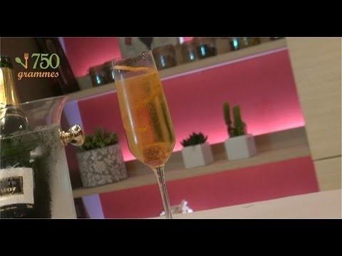 Champagne Cocktail :  2 cl de Cognac VSOP  10 cl de Champagne  2 à 3 traits d'Angostura Bitters  1 morceau de sucre brun  1 zeste de citron et d'orange