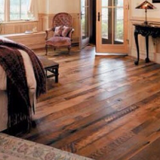 Reclaimed barn wood flooring. Would love this in my basement. - 41 Best Reclaimed Wood Floor Images On Pinterest
