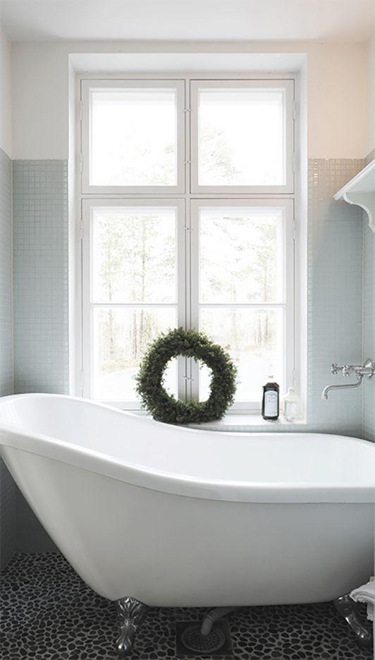 Photos Of P mpelin kylpyhuonekin valmistautuu nyt jouluun T ll vietettyjen joulujen yksi kohokohta on ollut aattoillan l mmin palju Beautiful Bathrooms