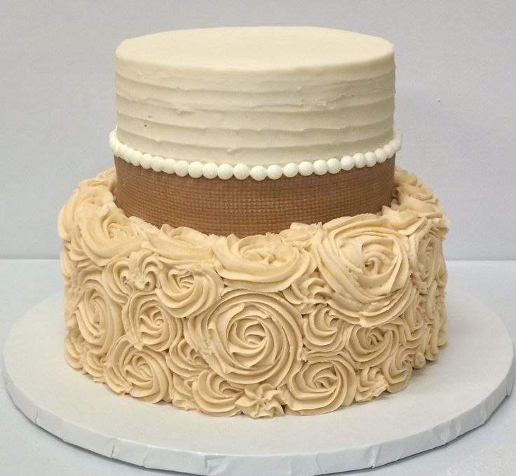 2 Tier Cake Burlap Fondant Around The Top Tier And