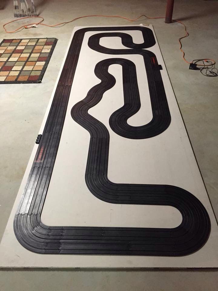 Slot racing layouts