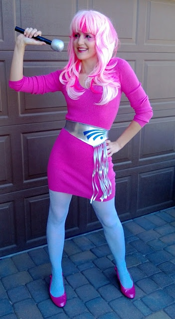 Jem costume/cosplay: Where to find all of the items.