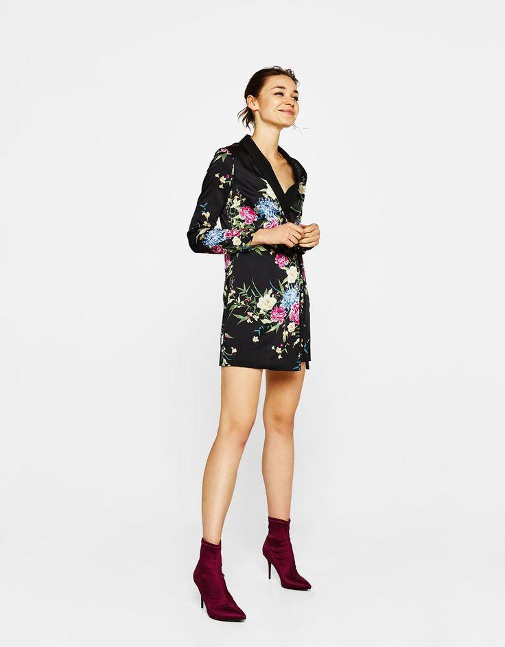 Bershka España - Vestido tipo blazer con estampado de flores