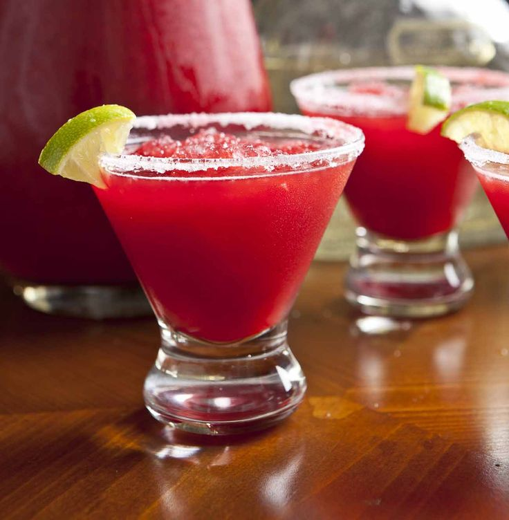 Pomegranate Frozen Margarita Recipe (With Non-Alcoholic Options)